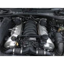 motor porsche cayenne turbo...